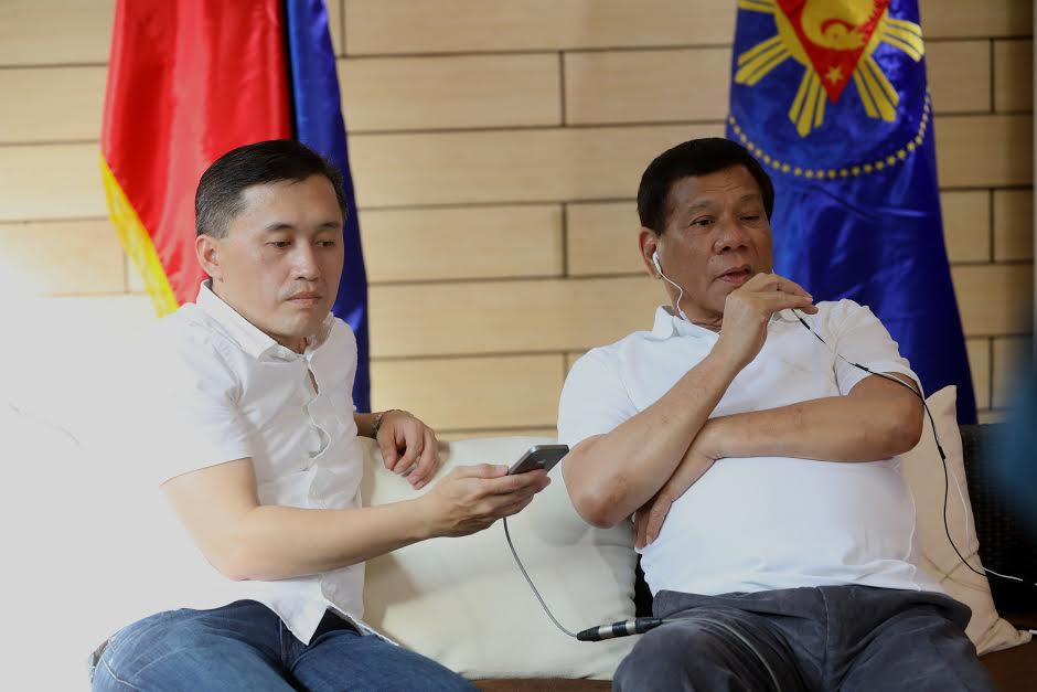 ON PHONE: President Rodrigo Duterte talks with Chinese President Xi Jinping prior to his scheduled trip in Beijing.-Photo: PPD